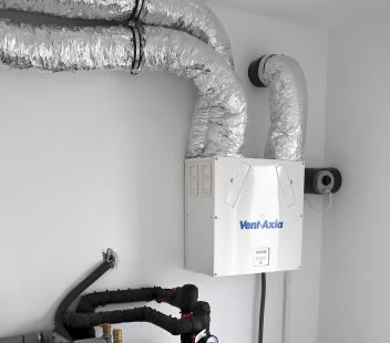 Vzduchotechnická jednotka s rekuperací tepla