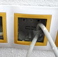 """Neutěsněné chráničky pro kabely bývají častým zdrojem nežádoucích """"vzduchovodů"""""""