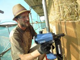 Obr. 11: Montáž dřevovláknité izolace