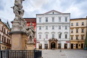 Palác opata žďárského kláštera, Brno, Zelný trh