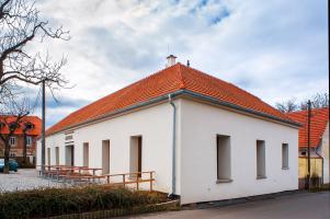 Rekonstrukce hospody se sálem v Máslovicích