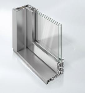 Nový posuvně-zdvižný systém Schüco LivIngSlide ve verzi s krycími hliníkovými lištami Schüco TopAlu