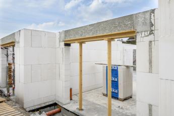 Velkoformátové tvárnice Silka Tempo na stavbě bytového domu v Rakovníku