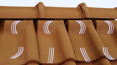 Vysoce efektivní liniové větrání představuje současný standard odvětrání šikmé střechy