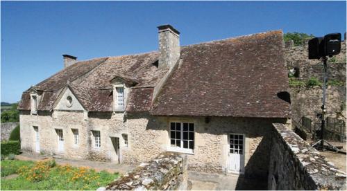 Dům na nádvoří hradu Nogent-le-Rotrou