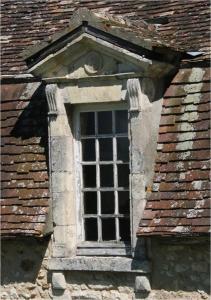 Renesanční okno a jeho osazení do krytiny