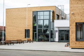 Nová základní škola ve Veleni
