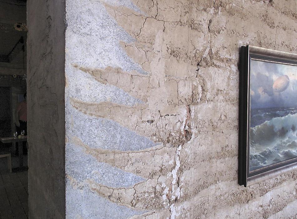 Moderní konstrukce z dusané hlíny
