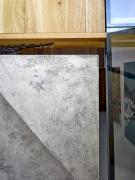 Detail schodů se skleněnou podestou