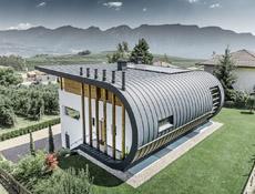 Casa Giovannini – rodinný dům v italské obci Flavon s hliníkovou střechou