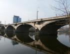 Libeňský most není nutné zbourat, píše švýcarský profesor