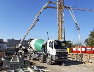 Vivus Argentinská, ukládka chlazeného betonu o teplotě 26 °C