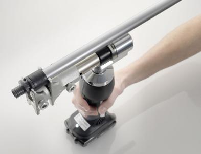 Instalatér při své práci nepoužívá žádné lepidlo nebo svařovací techniku, a dokonce ani těsnicí O-kroužek
