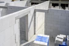 Zdivo Ytong při stavbě bytového domu v Rakovníku