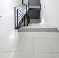 Teracové dlažby a teracové prvky – nedílná součást moderních staveb