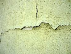 Kontaktní zateplování budov z pohledu defektoskopické praxe – 1. část. Otevřené otázky kolem tvarové stability ETICS