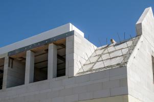 Masivní konstrukce šikmé střechy Ytong