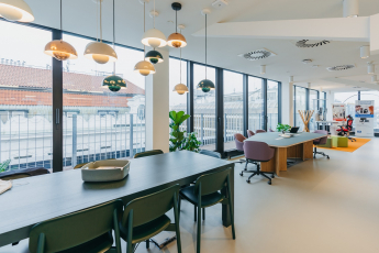 Spaces otevřel své první centrum sdílených kanceláří v Praze