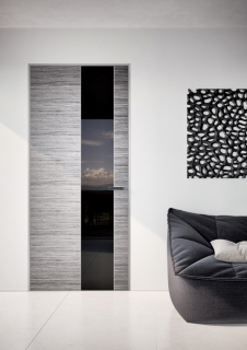 Skrytá zárubeň EMOTIVE s dveřmi MASTER DOOR, kombinace lakované sklo a černá dýha