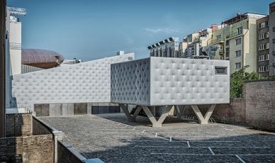 Centrum současného umění DOX+ (Petr Hájek ARCHITEKTI, 2018)