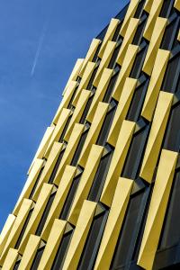 Obr. 15: Detail stínicích prvků fasády budovy B