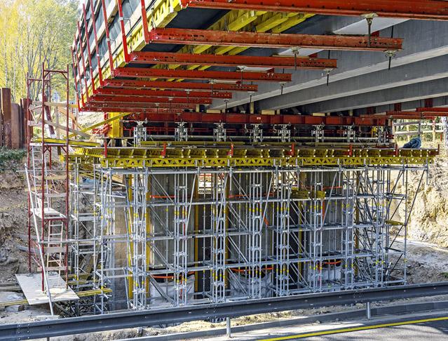Systémy PERI pro stavby a rekonstrukce mostů