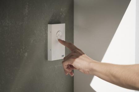VELUX ACTIVE umožňuje ovládání pomocí senzorů, smartphonem i manuálně