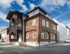 Extra štíhlá střešní okna v sídle firmy Lasvit v Novém Boru