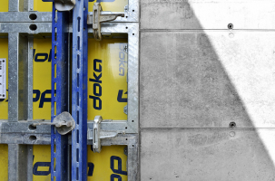Obr. 4: Hladké pohledové betony podchodu Eden vytvořené pomocí desek Xlife (realizace Metrostav)