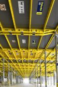 Obr. 6: Bytový dům v Letňanech, uplatnění stropního bednění Dokadek 30. Hladký otisk na stropních deskách přinesla inovační deska Xlife (realizace Terracon).