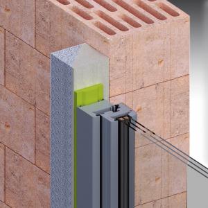 Předsazení 90 mm. Tento systém je tvořen tříhranným nosným profilem s tupými hranami a izolačním klínem. Profily jsou zafixovány vůči podkladu pomocí vysokopevnostního lepidla.