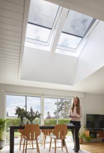 Pohodlné dálkové ovládání venkovního stínění zajistí solární pohon