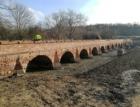 Rekonstrukce historického mostu u Mikulova je téměř hotova