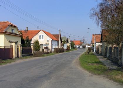 Obec Dřísy vsadila na udržitelné technologie: každá pátá domácnost zde topí tepelným čerpadlem