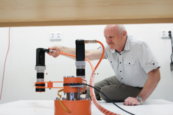Liberečtí vědci vyvíjejí zařízení pro velkorozměrový 3D tisk