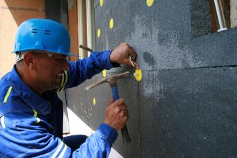 Obr. 2: Šedé fasádní desky pro ETICS ISOVER EPS GreyWall