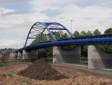 Obce Mělice a Valy na Pardubicku spojuje nový most přes Labe