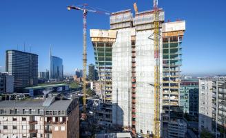 Bytový komplex GIOIA 22 se nachází uprostřed milánské čtvrti Porta Nuova a bude schopen po dokončení pokrýt 65 % své roční spotřeby energie z obnovitelných zdrojů