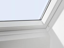 Střešní okno VELUX se sádrokartonovým ostěním