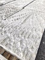 Segmenty z bílého betonu pro opláštění výdechu z tunelu Blanka