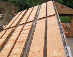 Obr. 3: Realizace těžké šikmé střechy