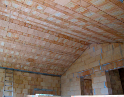 Obr. 4: Realizace těžké šikmé střechy