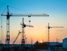 Stavebnictví letos meziročně klesne o tři až pět procent