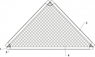 Jednotlivá kazeta perforované fasády. 1 – montážní otvor pro kotvení kazet (součást perforace plechu); 2 – ocelová výztuha; 3 – sklopený lem o výšce 60 mm; 4 – perforovaný hliníkový plech tl. 2 mm