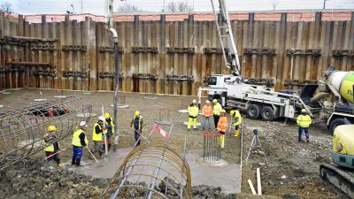 Rebetong ve třídě C 16/20 jako podkladní beton pod základovou desku kancelářského komplexu Envelopa Office Center v Olomouci