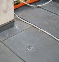 Obr. 20: Koroze na šikmé střeše, Mánesova ulice