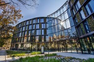 Budova AFI Karlín - Butterfly je největším projektem s živými vertikálními kaskádovými zahradami ve střední Evropě