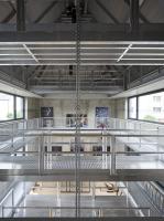 Otevřený prostor provozního domu s výškou přes 13 m