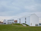 Nejšetrnější budovou roku je základní škola v Psárech u Prahy