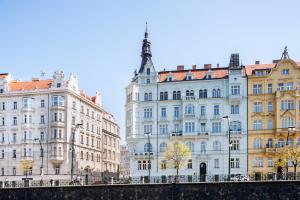 Ukázka revitalizace - Praha, Rašínovo nábřeží
